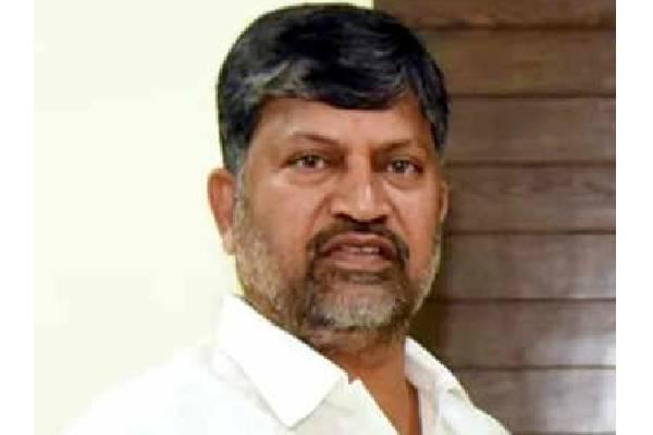 Former Telangana TDP chief Ramana joins TRS