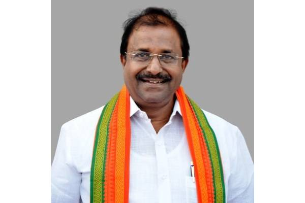 Somu shoots of 5 letters to Jagan in 20 days