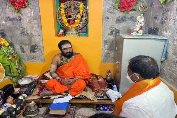 BJP's Somu Veerraju launches temple protection tour in Andhra