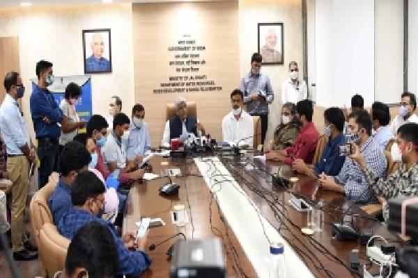 YSRCP, BJP hail Centre for notifying Krishna, Godavari river boards