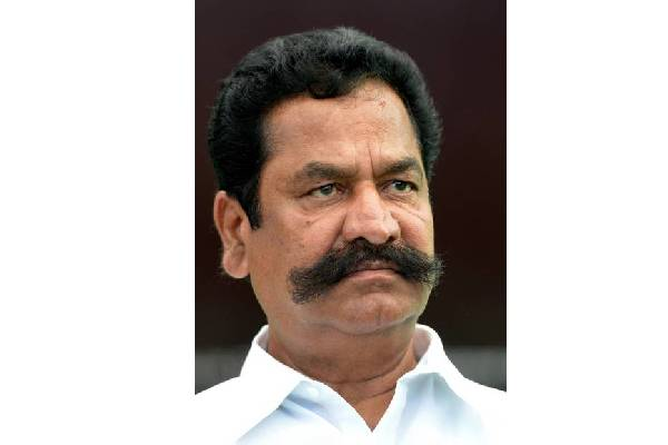 Is Revanth trying to lure his TDP friend into Congress?