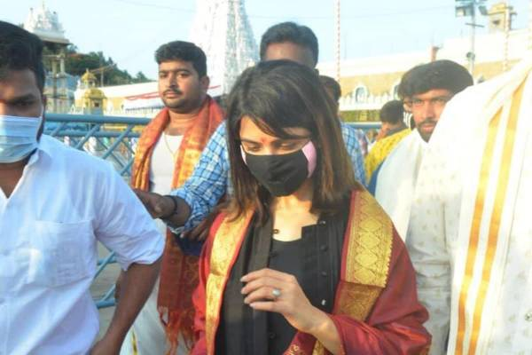Divorce Row: Samantha slams a journalist