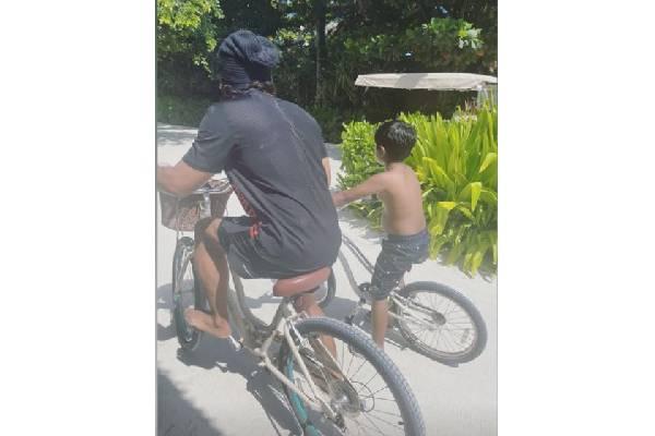 Allu Arjun holidaying in Maldives