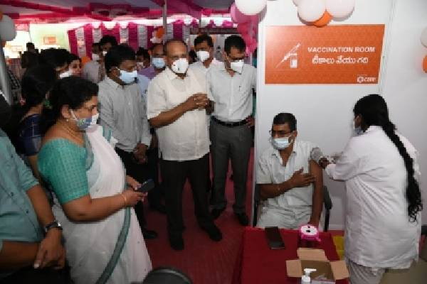 Telangana aims to achieve 100% Covid vax in a month